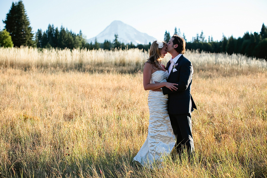 Mt Hood Bed & Breakfast Wedding Photos