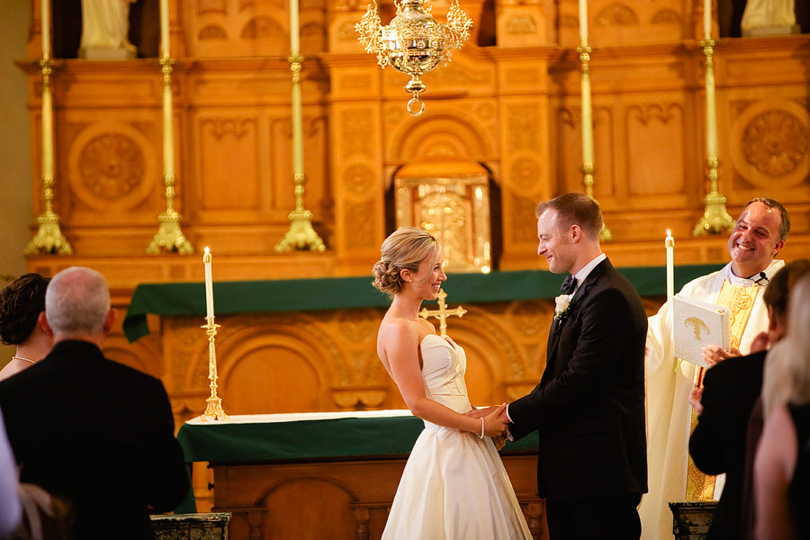 St Patrick's Cathedral Church Wedding Photos and University Club of Portland Wedding Photos (17)
